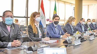 Itaipú aprueba  USD 100 millones para  la ANDE y  Salud