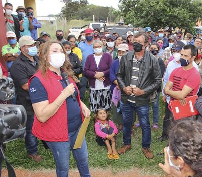 Indert y colonos acuerdan solución de tierras en Santa Lucía