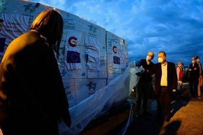 Llega al país importante donación española de Atracurio y Midazolam