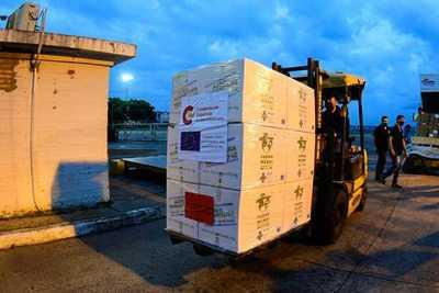 Llega cooperación de España con 11.500 ampollas de Midazolam y 500 dosis de Atracurio