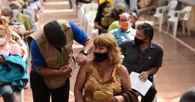 La Nación / Docentes presentarán pedido formal para acceder a vacunas contra el COVID-19