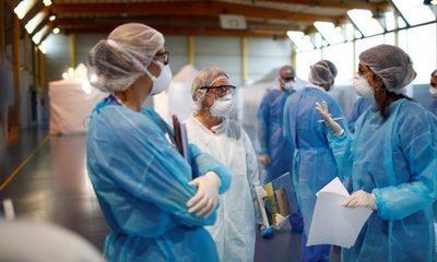 Ley busca reducción horaria y aumento salarial para dignificar labor médica