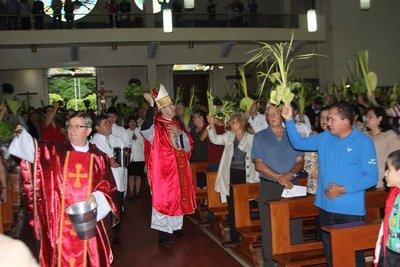 Celebraciones de SEMANA SANTA con el Obispo de CDE