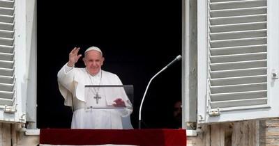 La Nación / Papa Francisco invita a líderes cristianos libaneses a cumbre