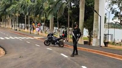 """""""Zorros"""" de Prieto portan en forma ILEGAL ARMAS de GRUESO CALIBRE"""