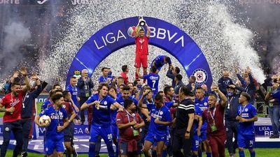 Cruz Azul conquista un nuevo título 23 años después