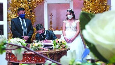 Vendedores de mbeju pro-boda se casaron