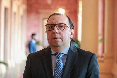 Titular del BNF presentó renuncia al cargo