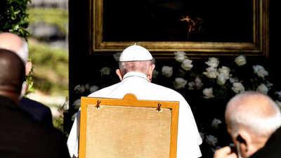 """Papa Francisco pide a la Virgen """"que termine la pandemia"""""""