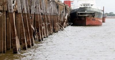 La Nación / Bajante de ríos, panorama poco alentador para la navegabilidad y el comercio