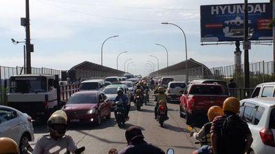 """Brasil cierra sus fronteras a extranjeros, pero no afecta a residentes de """"ciudades gemelas"""""""