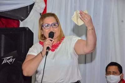 Antoliana promete cumplir rol de concejal y ser gran gestora para beneficio de CDE