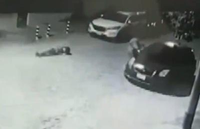 Trató de impedir un asalto, pero le dieron un balazo