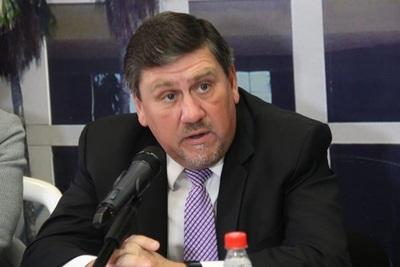 Llano dice que falta de fondos en el partido pone en riesgo las elecciones