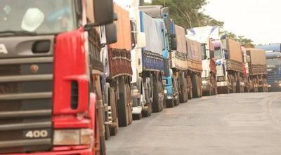 Continúa el paro de camioneros y advierten con endurecer la medida – Prensa 5