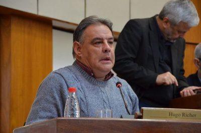 """""""Cachito"""" es el mejor posicionado para la presidir el Senado, asegura Richer"""