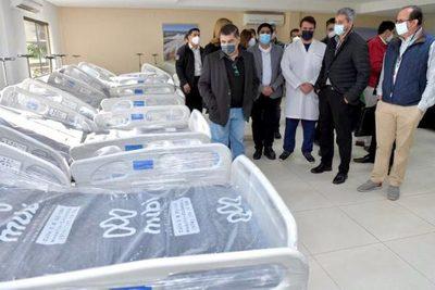 Itaipú entregó a Salud millonario lote de medicamentos, equipos e insumos