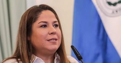 La Nación / Acusan a Patricia Samudio por millonario daño a Petropar y piden su juicio oral