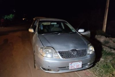 Vehículo robado en Lambaré fue desmantelado en menos de una hora y luego abandonado