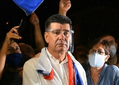 Fiscalía acusa y pide juicio oral para Efraín Alegre: Defensa respaldará juicio oral para resolver 'lo más pronto posible'