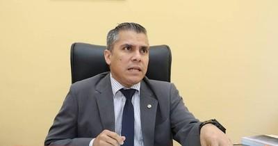 La Nación / JE solo puede colocar las máquinas, del resto se tiene que encargar el partido, dice González