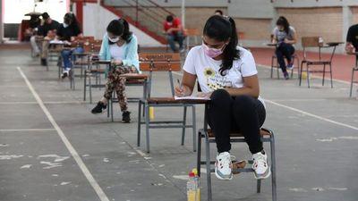 Masivo aplazo en becas: ¿Por qué hay bajo rendimiento de estudiantes?