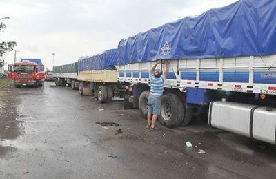 Camioneros presentarán proyecto de ley para establecer mejora del precio de flete