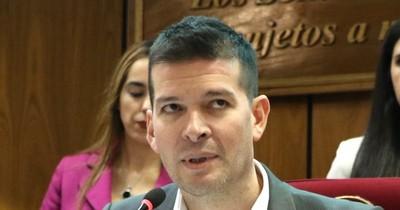 """La Nación / Sergio Godoy: """"Dinero hay, pero si se roba jamás alcanzará"""""""