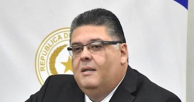 La Nación / Fiscal sostiene la intención de Efraín Alegre de evadir la ley