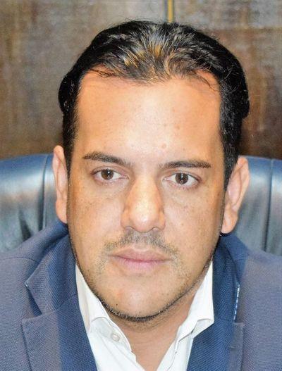 Empresa ligada a parlamentarios pretende adjudicarse almuerzo escolar en Villarrica