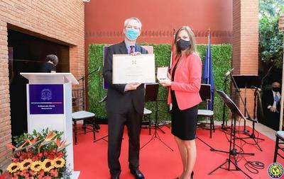"""Con condecoraciones a personalidades se celebró """"Fiesta Nacional de Italia"""" •"""