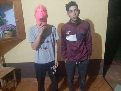 Policías investigan probable autogolpe de dos repartidores de mercaderías