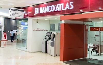 """Banco responde a """"campaña de grupo de medios"""""""