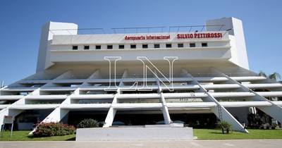 La Nación / Droga en el aeropuerto: defensa de un imputado afirma que Fiscalía no tiene pruebas
