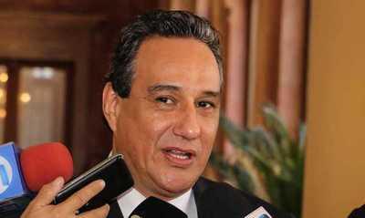 Denuncian a Hugo Javier, gobernador de Central, por supuesta clonación de facturas