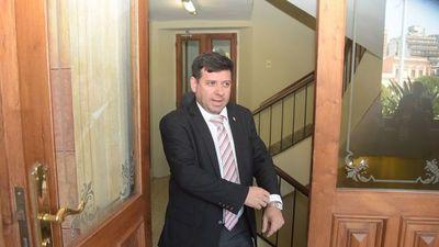 Ex secretario de Juan Ernesto Villamayor suspende audiencia