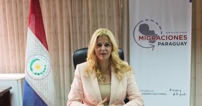 La Nación / Mujer destacada: de azafata y modelo a encargada de la seguridad nacional desde la dirección de Migraciones