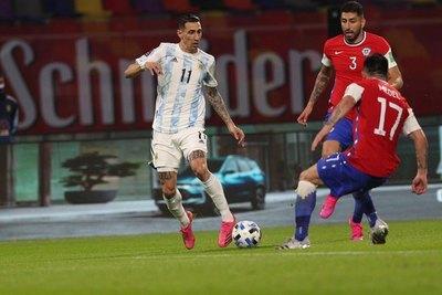Empate entre Argentina y Chile que beneficia a Paraguay