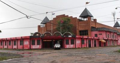 """La Nación / """"QEPD el club Cerro Corá"""": se inició la demolición del histórico estadio paraguayo"""
