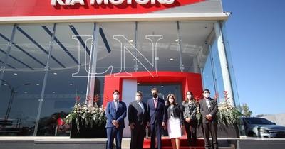 La Nación / Grupo Garden inauguró su megataller de posventa