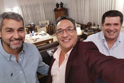 ¿Justicia selectiva?: Efraín es procesado por documentos no auténticos y Hugo Javier ni siquiera es investigado, señala abogado