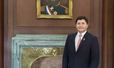 Manuel Ochipintti asumió en la presidencia del BNF