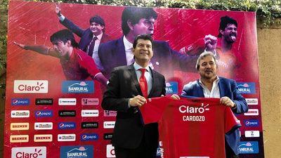 Pepe Cardozo, presentado en el Deportivo Municipal