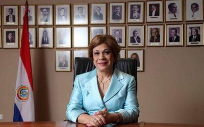 Corte se demora en expedirse sobre caso Itaipú por inhibición de ministra