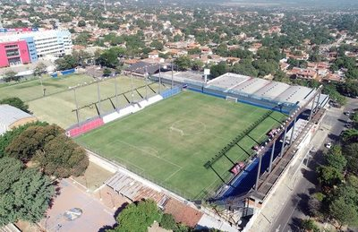Estadio chico, pero coqueto y moderno
