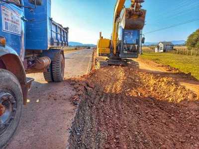 Sostenido avance de obras en el acceso a Yataity y Mbocayaty
