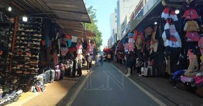 La Nación / Comercio de CDE urge una medida temporal mientras se trate el régimen especial