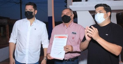 La Nación / ANR cede propiedad a favor del municipio de Pilar para futura sede de una USF