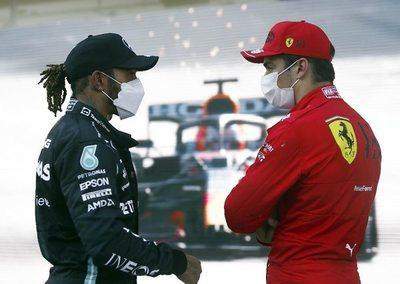 "Leclerc pone a Ferrari de nuevo en la""pole"""