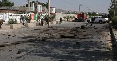 La Nación / Al menos 11 muertos tras la explosión de un autobús en Afganistán